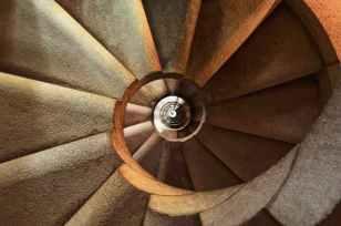 staircase-spiral-architecture-interior-39656